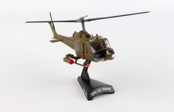 POSTAGE STAMP Bell UH-1C US Army Hue Gunship 1st Cavalry Divisio Scale 1/87