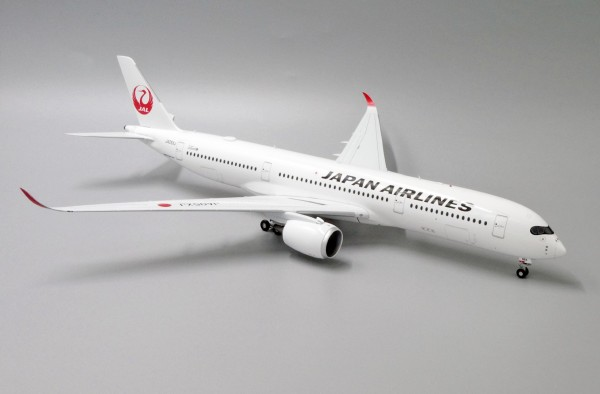 Airbus A350-900XWB Japan Airlines JA05XJ Scale 1/200