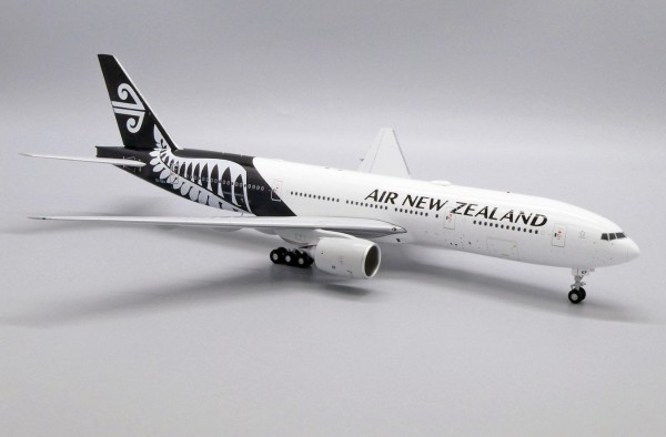 Boeing 777-200ER Air New Zealand ZK-OKF Scale 1/200 Limited 130pcs