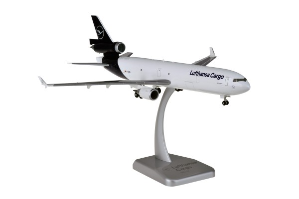 McDonnell Douglas MD-11F Lufthansa Cargo New Livery D-ALCD Scale 1:200 w/G