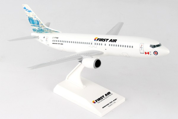 """Boeing 737-400 First Air """"Iceberg"""" Scale 1/130"""