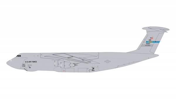 "Lockheed C-5M Super Galaxy United States Air Force (USAF) ""Dover AFB"" Scale 1/400"