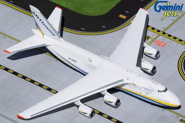 Antonov An-124-100M Ruslan UR-82027 Scale 1/400