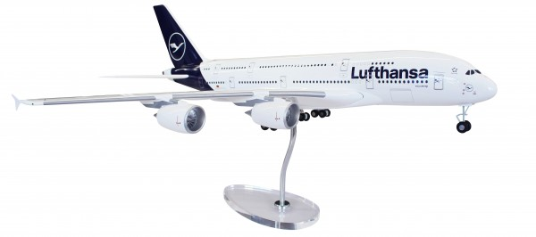 Airbus A380-800 Lufthansa New Livery Scale 1:100 w/G