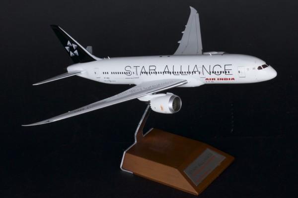 "Boeing 787-8 Air India ""Star Alliance"" VT-ANU Scale 1/200"