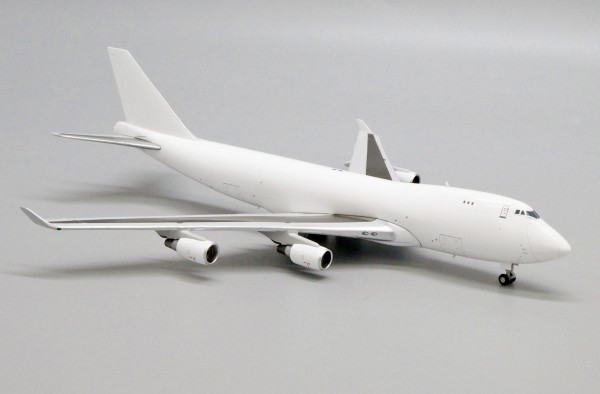 """Boeing 747-400F with GE Engine """"Blank"""" Scale 1/400"""