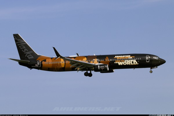 """Boeing 737-900ER Alaska Airlines """"Our Commitment"""" Livery N492AS Scale 1/400 #"""