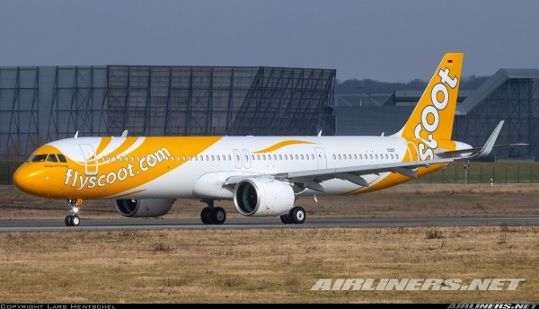 Airbus A321neo Scoot 9V-TCA Scale 1/400