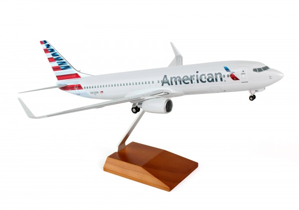 Boeing 737-800 American Airlines Scale 1/100 w/Gear