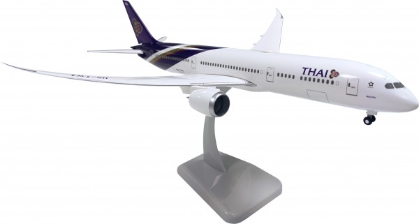 Boeing 787-9 Thai Airways with WiFi Radome Scale 1:200
