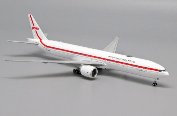 "Boeing 777-300ER Garuda Indonesia ""Republik Indonesia"" PK-GIG Scale 1/400"