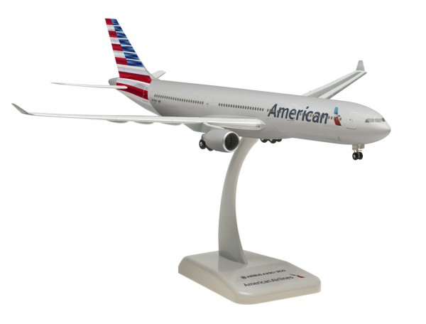 Airbus A330-300 American Airlines Scale 1:200