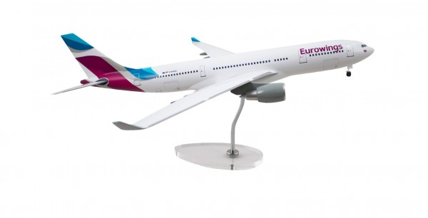 Airbus A330-200 Eurowings Scale 1:100