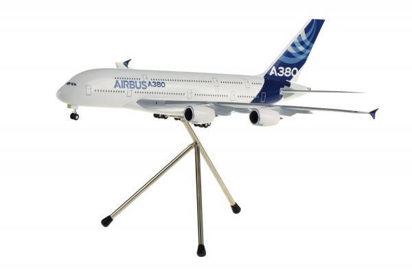 Airbus A380 House Color new livery Scale 1:200