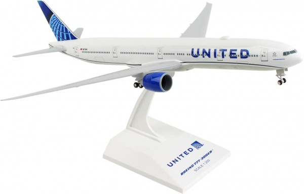 Boeing 777-300ER United Airlines New Livery 2019 N2749U Scale 1/200