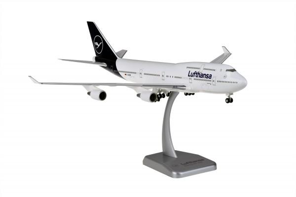 Boeing 747-400 Lufthansa New Livery D-ABVM Kiel Scale 1:200 w/G