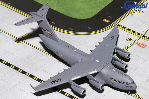 "Boeing C-17 Globemaster III United States Air Force (USAF) ""Charlotte ANG"" Scale 1/400"