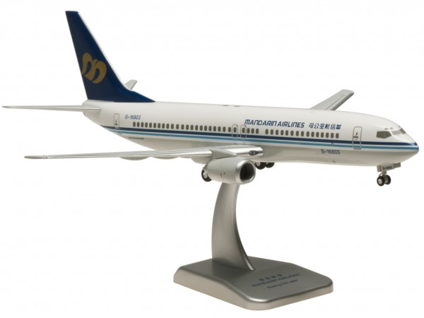 Boeing 737-800 Mandarin Airlines Scale 1:200 (ASSEMBLED, NO SNAP FIT)
