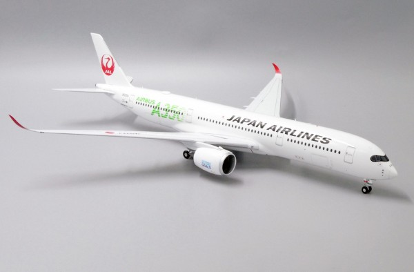 """Airbus A350-900XWB Japan Airlines """"JAL Green"""" JA03XJ Scale 1/200"""
