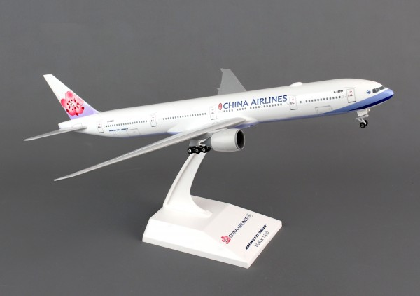 Boeing 777-300 China Airlines Scale 1/200 w/G