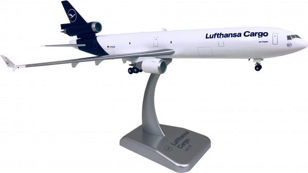 McDonnell Douglas MD-11F Lufthansa Cargo New Livery Scale 1:200 w/G