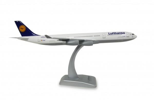 Airbus A340-300 Lufthansa D-AIGO Scale 1:200