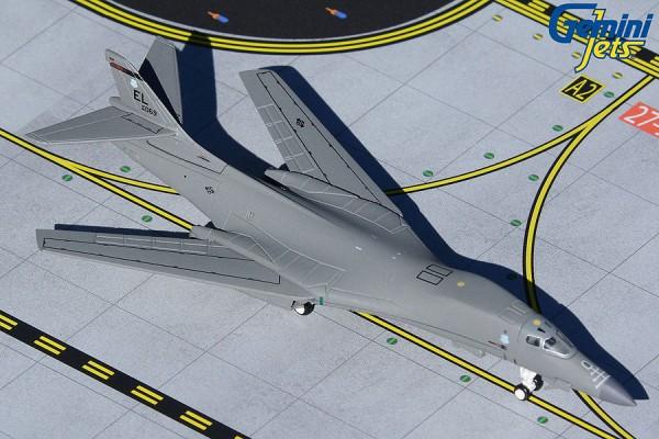 """B-1B Lancer U.S. Air Force """"Ellsworth AFB"""" 85-0069 Scale 1/400"""