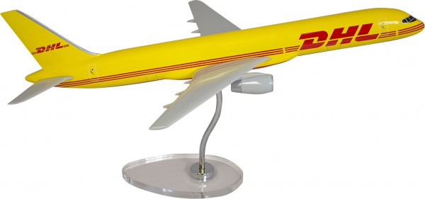 Boeing 757-200 DHL Cargo Scale 1/100