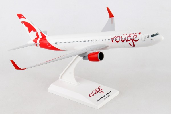 """Boeing 767-300 Air Canada """"Rouge"""" Scale 1/200"""