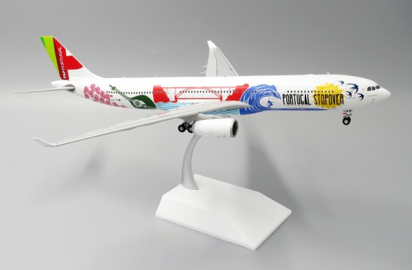 Airbus A330-300 TAP Portugal CS-TOW Scale 1/200