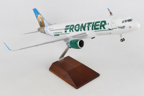 """Airbus A320 Frontier Airlines """"Grizwald the bear"""" Scale 1/100 w/Gear"""