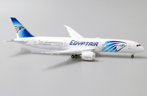 Boeing 787-9 Dreamliner with Antenna Egypt Air Flaps Down Version SU-GER Scale 1/400