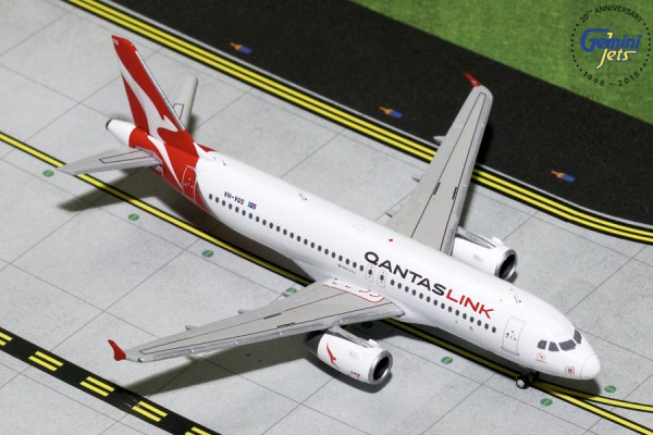 Airbus A320-200 QantasLink Scale 1/400