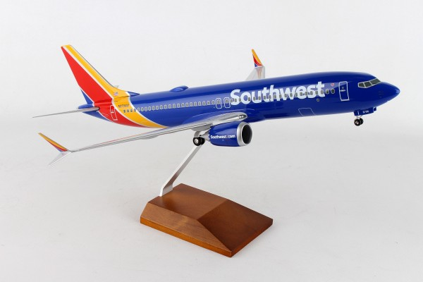Boeing 737-MAX8 Southwest Airlines N8706W Scale 1/100 w/Gear