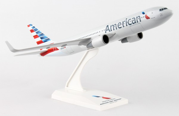 Boeing 767-300 American Airlines New Livery N383AN Scale 1/200