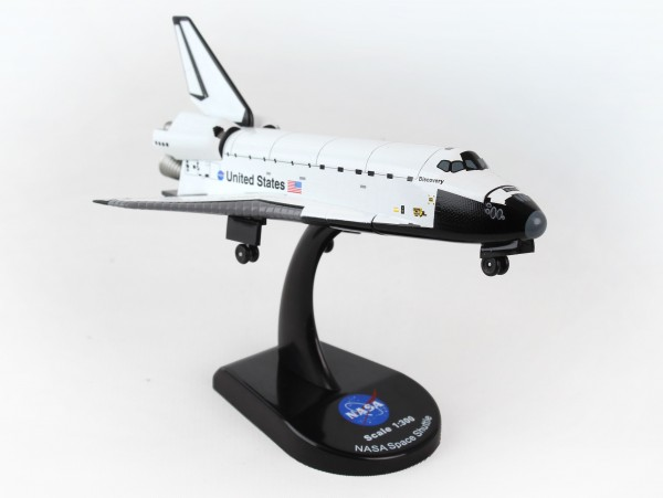 POSTAGE STAMP Space Shuttle Discovery Scale 1/300