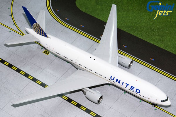 Boeing 777-200ER United Airlines Scale 1/200