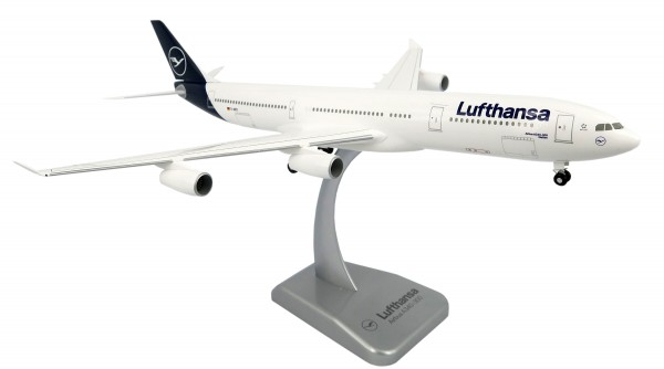 Airbus A340-300 Lufthansa New Livery Scale 1:200 w/G