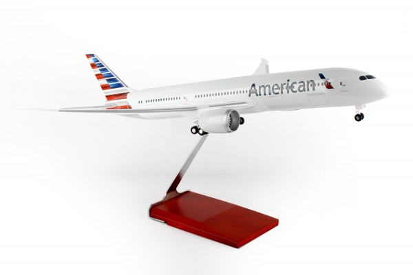 Boeing 787-9 American Airlines Scale 1/100 w/Gear