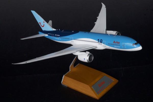 """Boeing 787-8 Arke """"10 JAAR"""" Scale 1/200"""