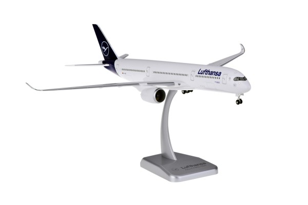 Airbus A350-900 Lufthansa New Livery D-AIXI Scale 1:200 w/G