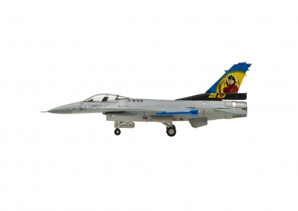 "Lockheed F-16A Fighting Falcon Blk 15 Royal Netherlands Air Force ""Dirty Diana"" (censor) Scale 1/200"
