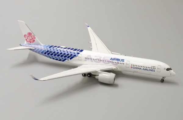 """Airbus A350-900XWB China Airlines """"Carbon Fibre Livery"""" B-18918 Scale 1/400"""