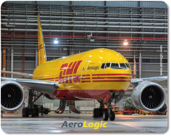 Boeing 777F DHL Mousepad
