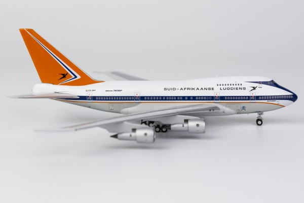 """Boeing 747SP South African Airways """"delivery livery (1970s)"""" ZS-SPF Scale 1/400"""