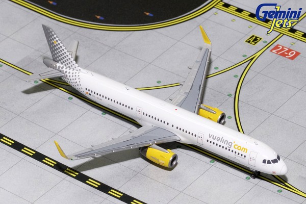 Airbus A321S Vueling EC-MLM Scale 1/400