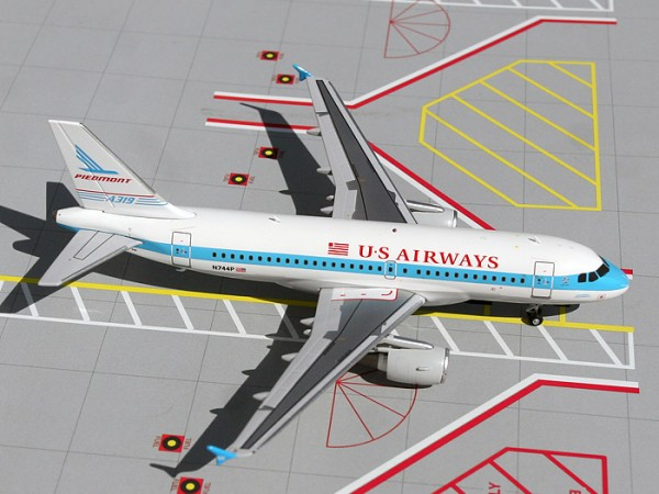 "Airbus A319 US Airways ""Piedmont Heritage"" N744P Scale 1/200"