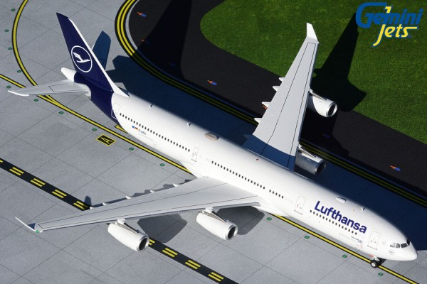 Airbus A340-300 Lufthansa new livery D-AIFD Scale 1/200