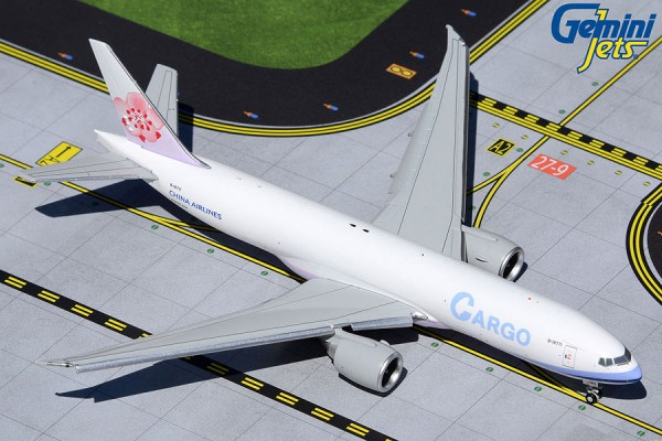 Boeing 777F China Airlines Cargo Flaps Down Version B-18771 Scale 1/400