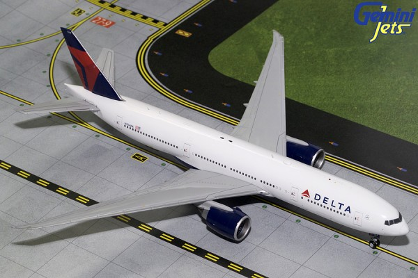 Boeing 777-200LR Delta Air Lines Scale 1/200